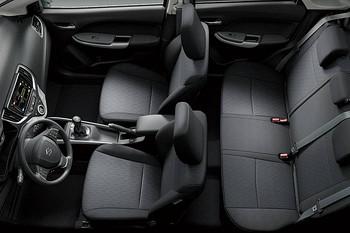 Suzuki Baleno - Sitzreihen