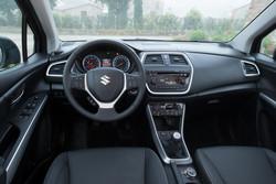 Suzuki SX4 S-Cross Armaturenbrett